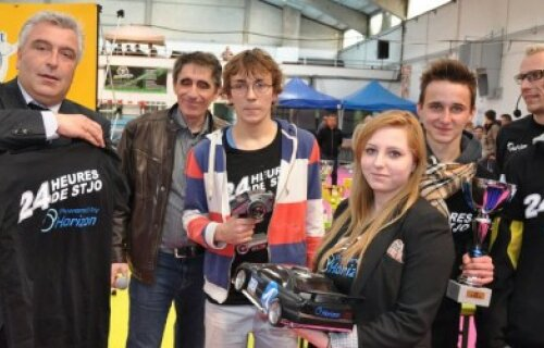 An RC race and construction challenge with cars powered by hydrogen fuel cells? 24h de St Jo!