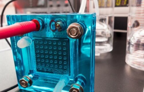 PEM Reversible Fuel Cell